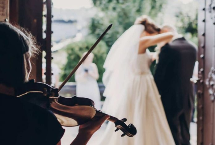 Violoniste à un mariage