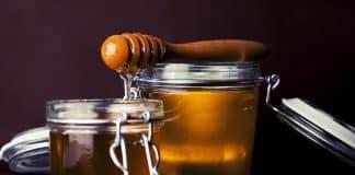 Pourquoi offrir des petits pots de miel lors des occasions spéciales ?
